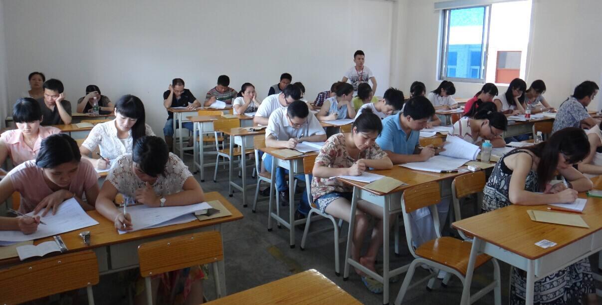 2019年广东成人高考专业 学几年